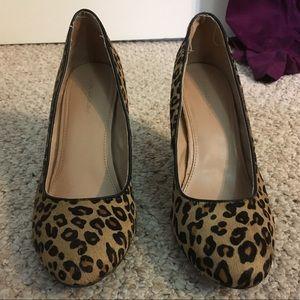 Banana Republic Cheetah Print Calf Hair Wedges
